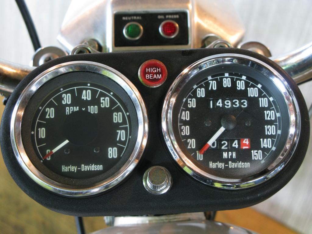 ハーレーダビッドソン 1976 FXE 1200 車体写真9