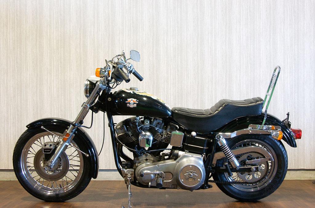 ハーレーダビッドソン 1976 FXE Liberty Edition 車体写真4