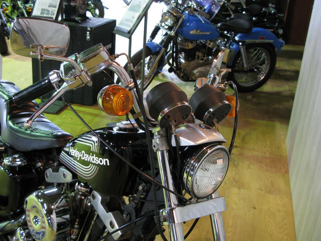 ハーレーダビッドソン 1976 XLCH 1000 車体写真10