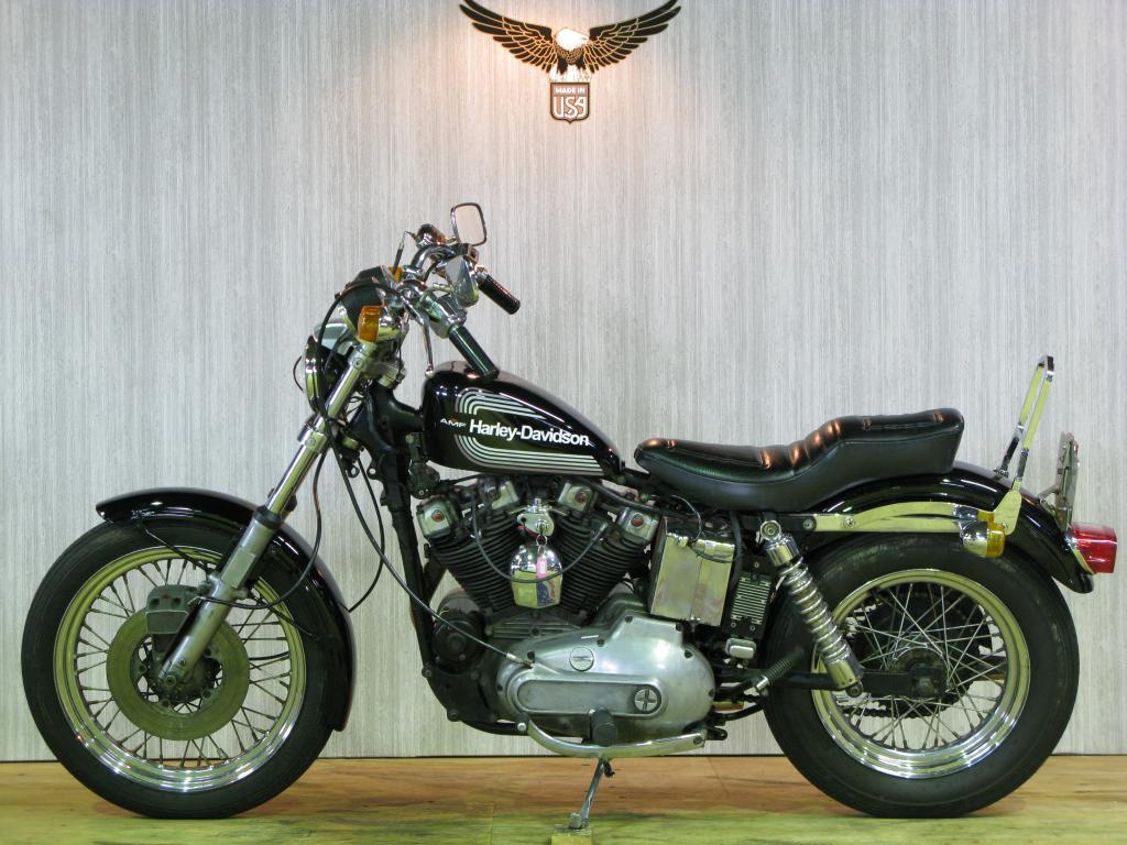 ハーレーダビッドソン 1976 XLCH 1000 車体写真4