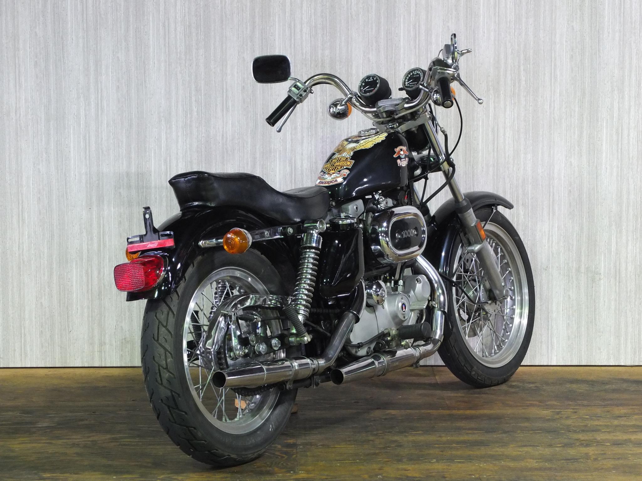ハーレーダビッドソン 1976 XLH 1000 Bicentennial 車体写真3