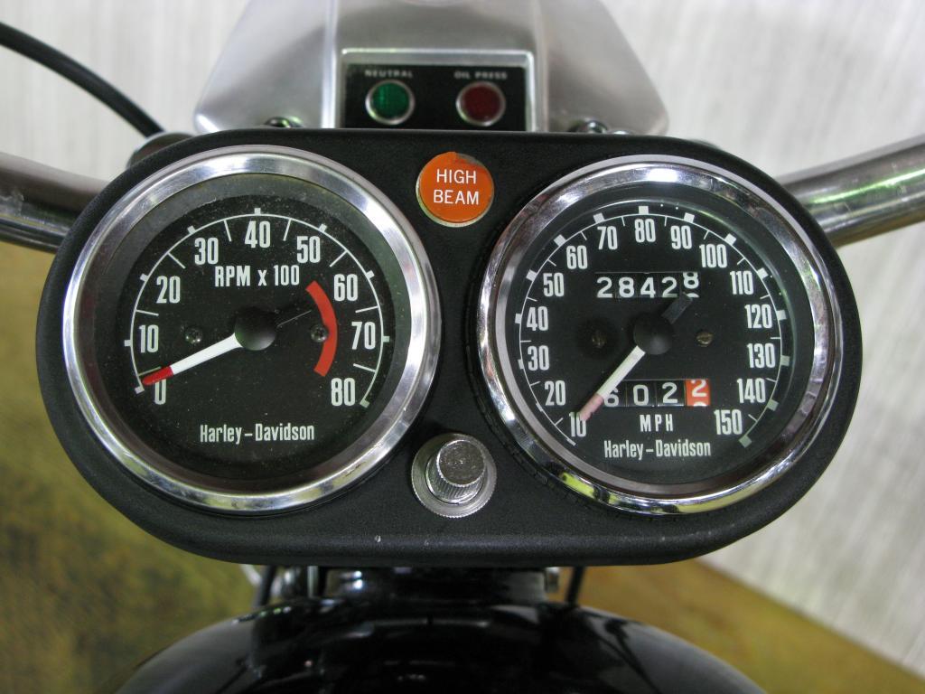 ハーレーダビッドソン 1977 FXE 1200 車体写真9