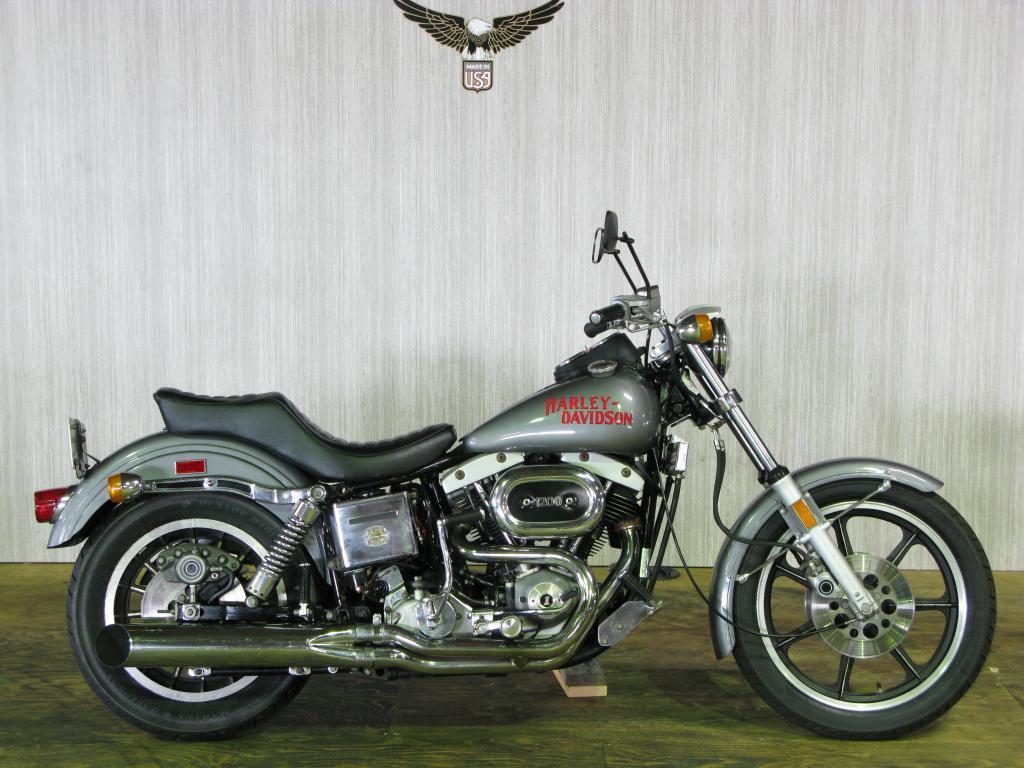 ハーレーダビッドソン 1977 FXS 1200 Low Raider 車体写真1