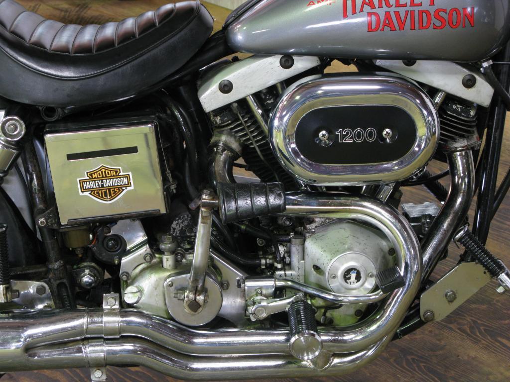 ハーレーダビッドソン 1977 FXS 1200 Low Rider 車体写真7