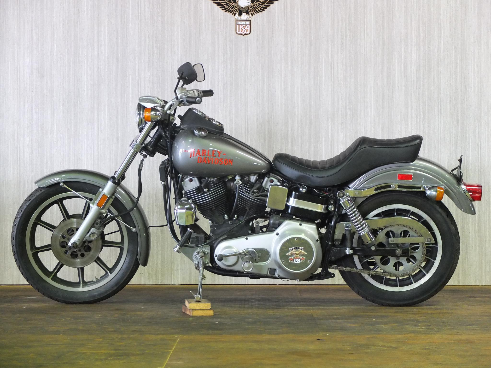 ハーレーダビッドソン 1977 FXS Low Rider 車体写真4