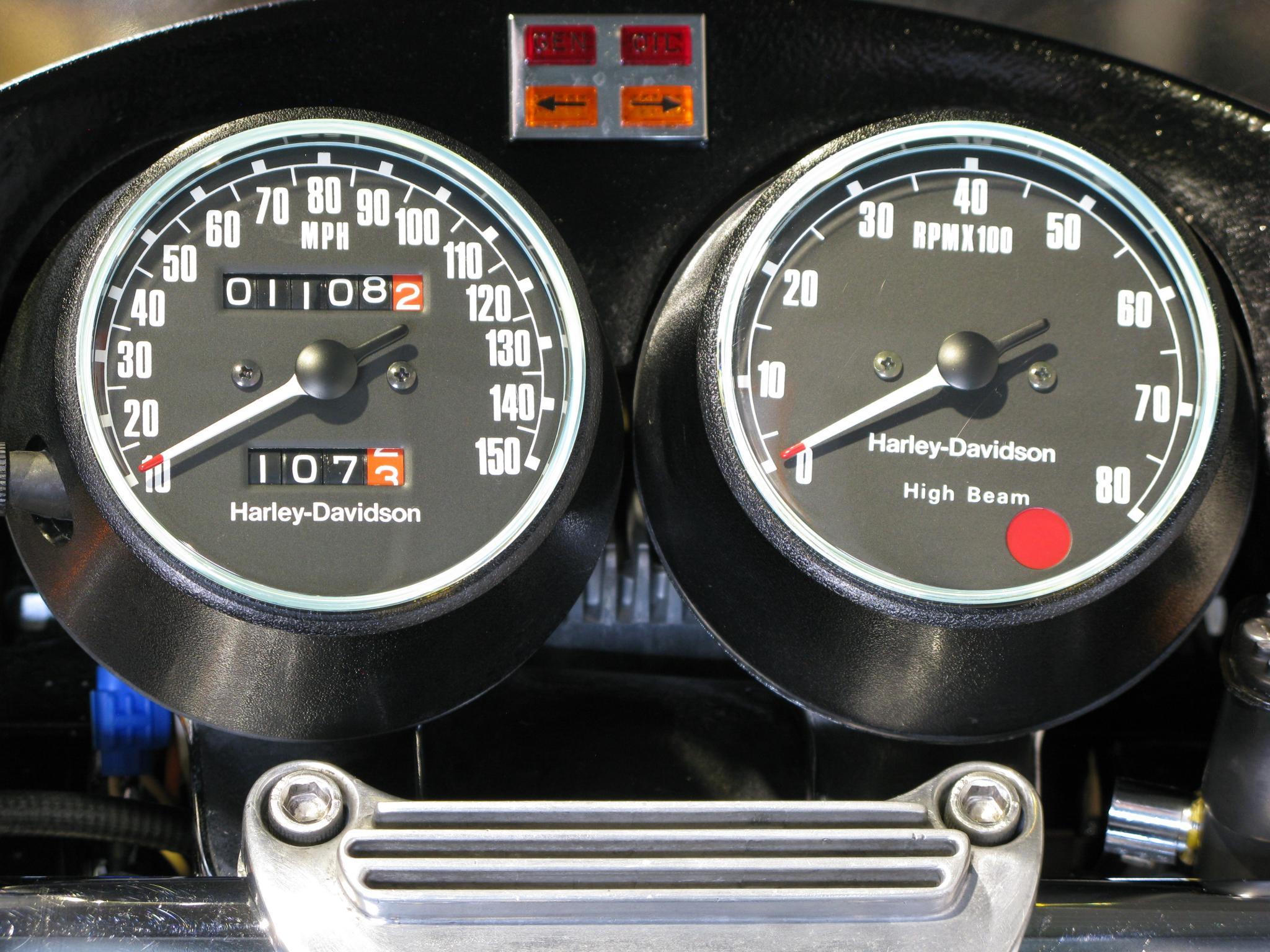ハーレーダビッドソン 1977 XLCR 車体写真10