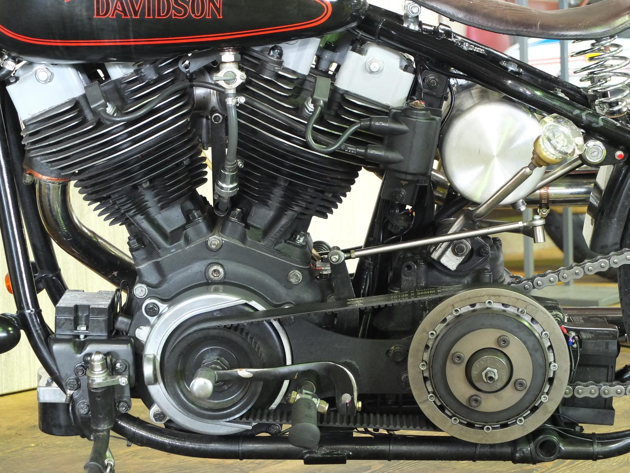 ハーレーダビッドソン 1979 FXS Custom 車体写真8