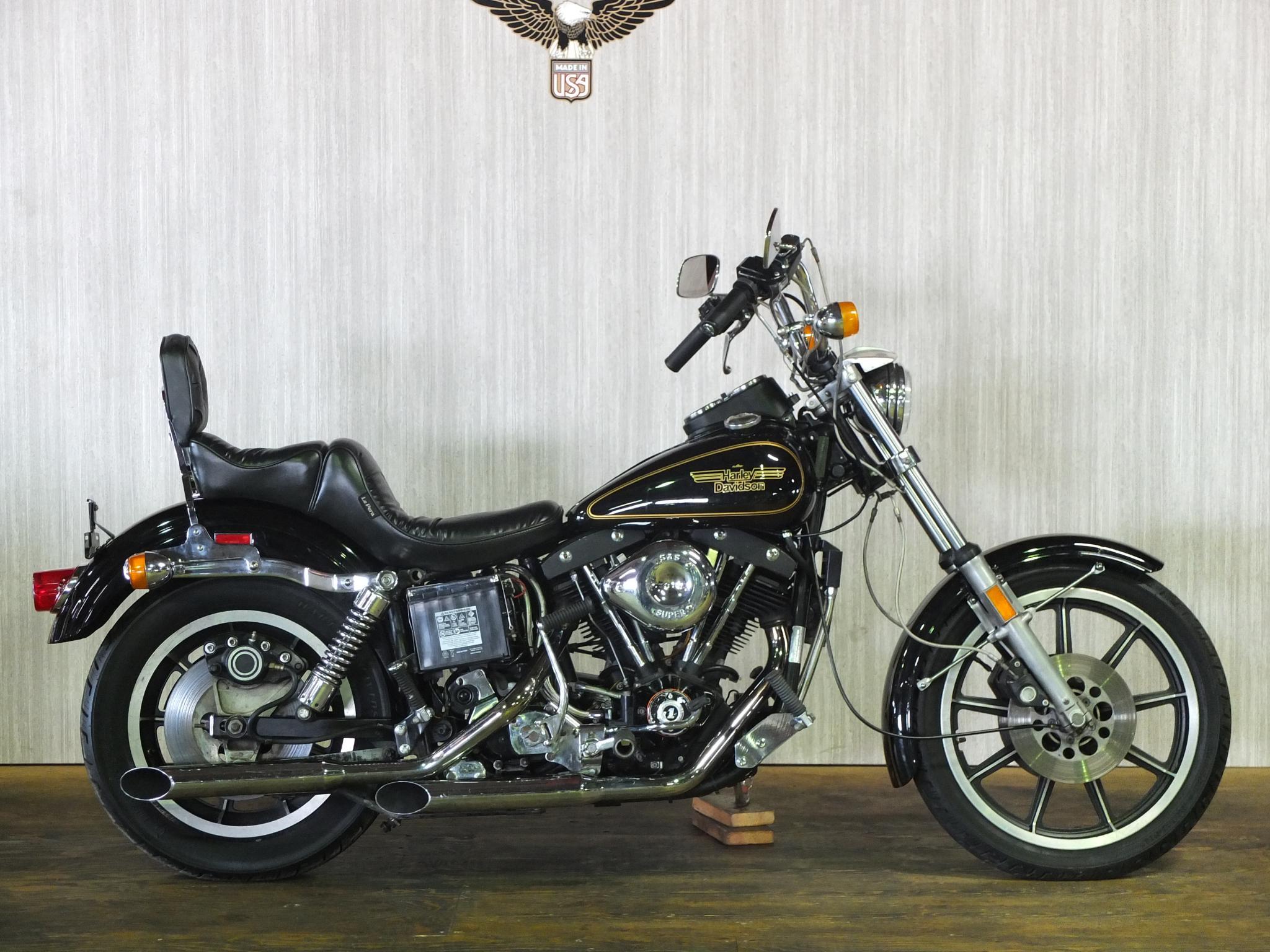ハーレーダビッドソン 1981 FXS Low Rider 車体写真1