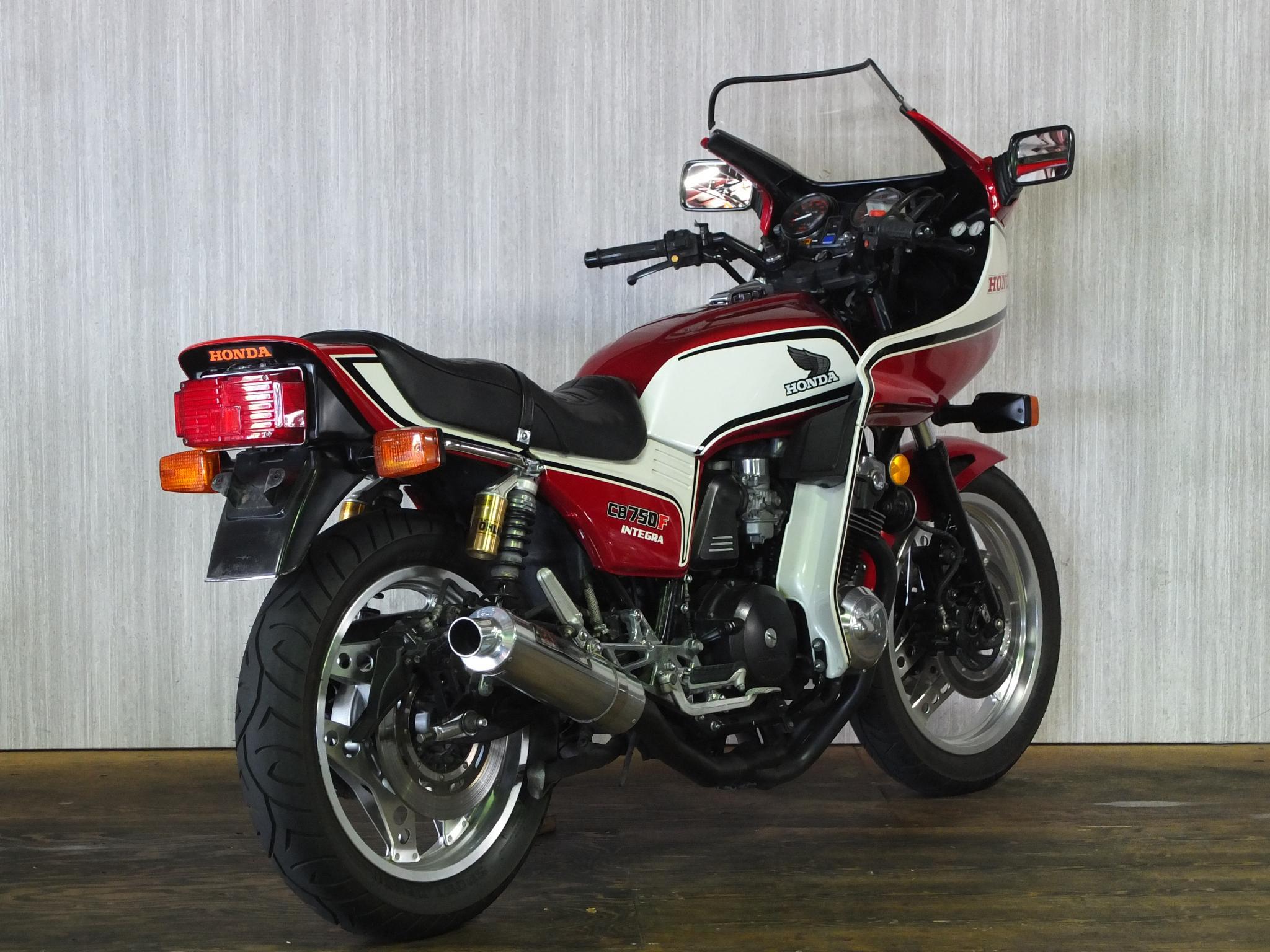 ホンダ 1982 HONDA CB750 INTEGRA 車体写真3