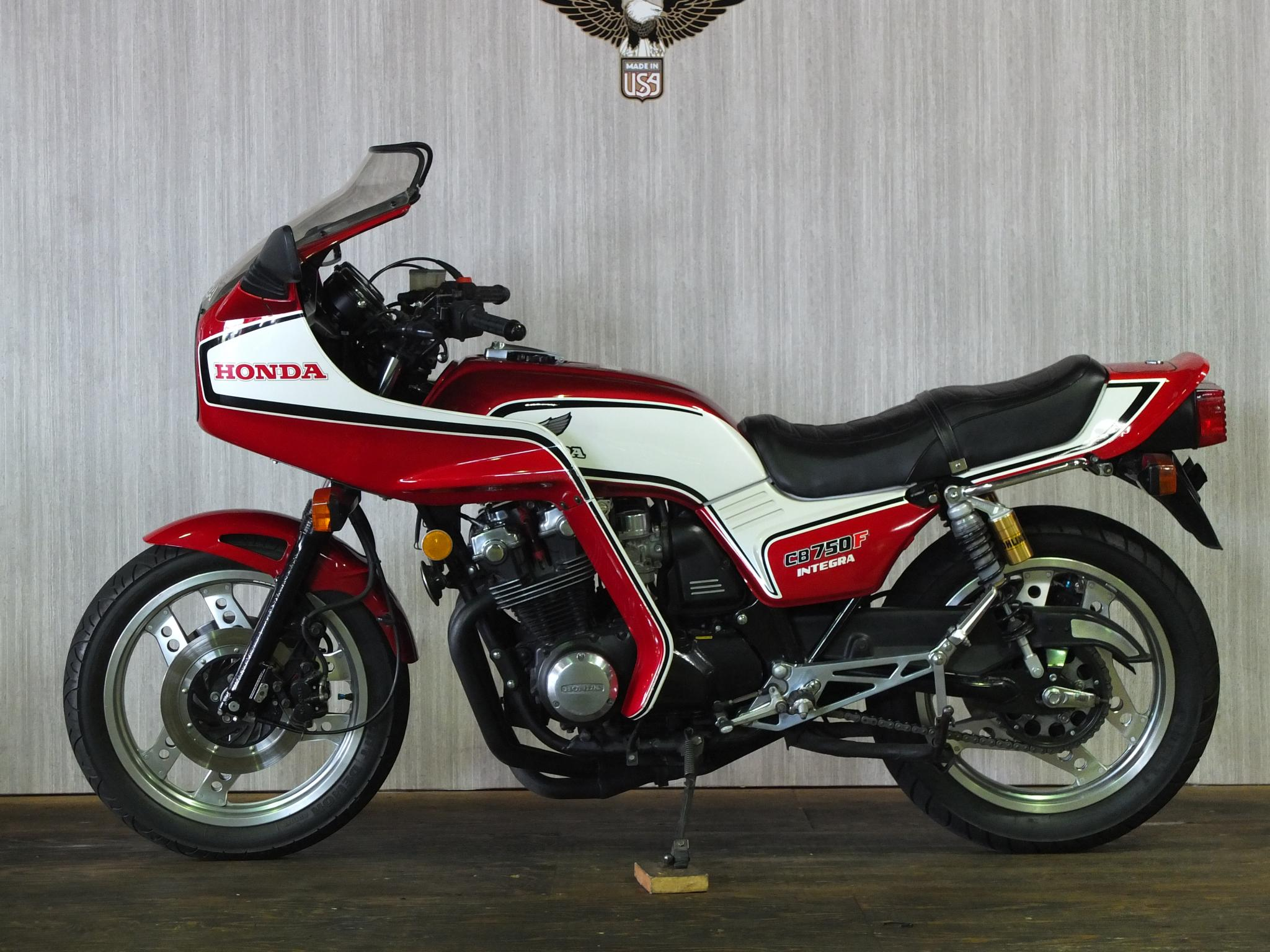 ホンダ 1982 HONDA CB750 INTEGRA 車体写真4