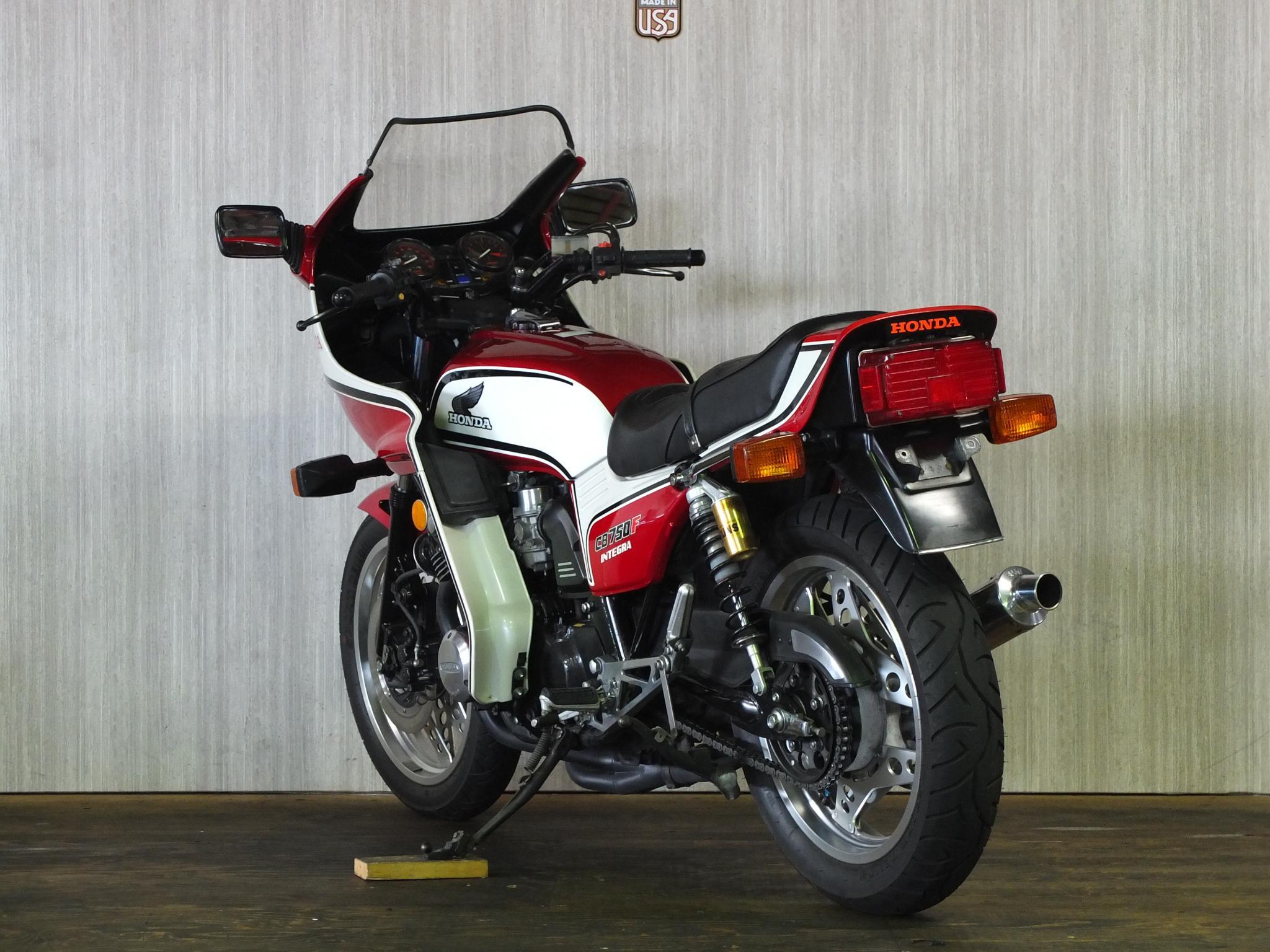 ホンダ 1982 HONDA CB750 INTEGRA 車体写真6