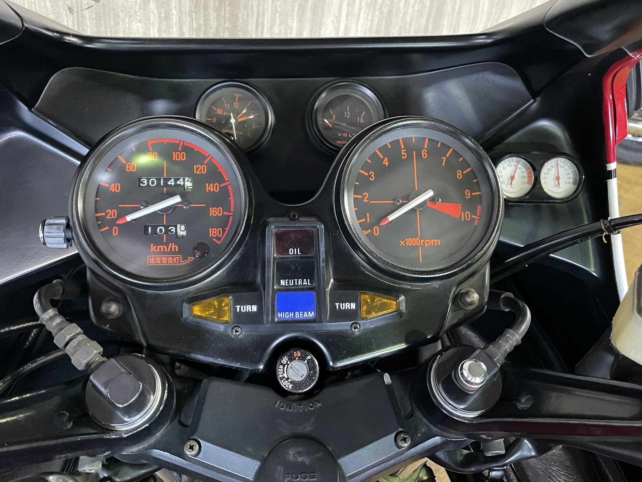 ホンダ 1982 HONDA CB750 INTEGRA 車体写真9