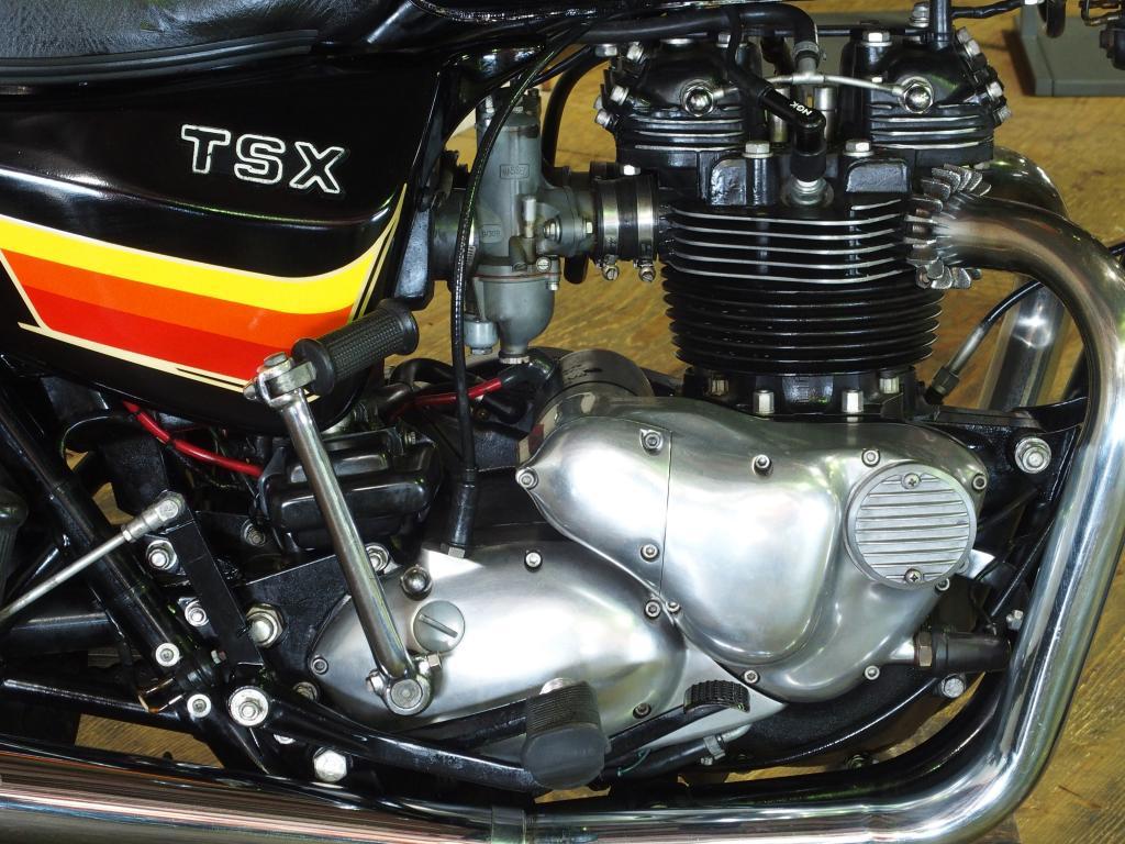 トライアンフ 1982 Triumph TSX T140ES 車体写真7