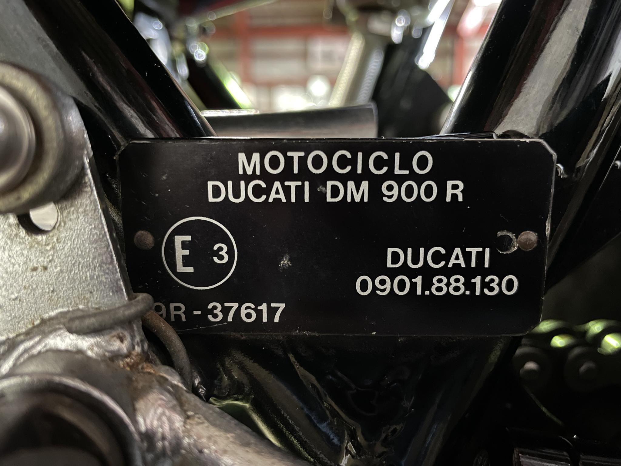 ドゥカティ 1983 Ducati MHR 900 車体写真12