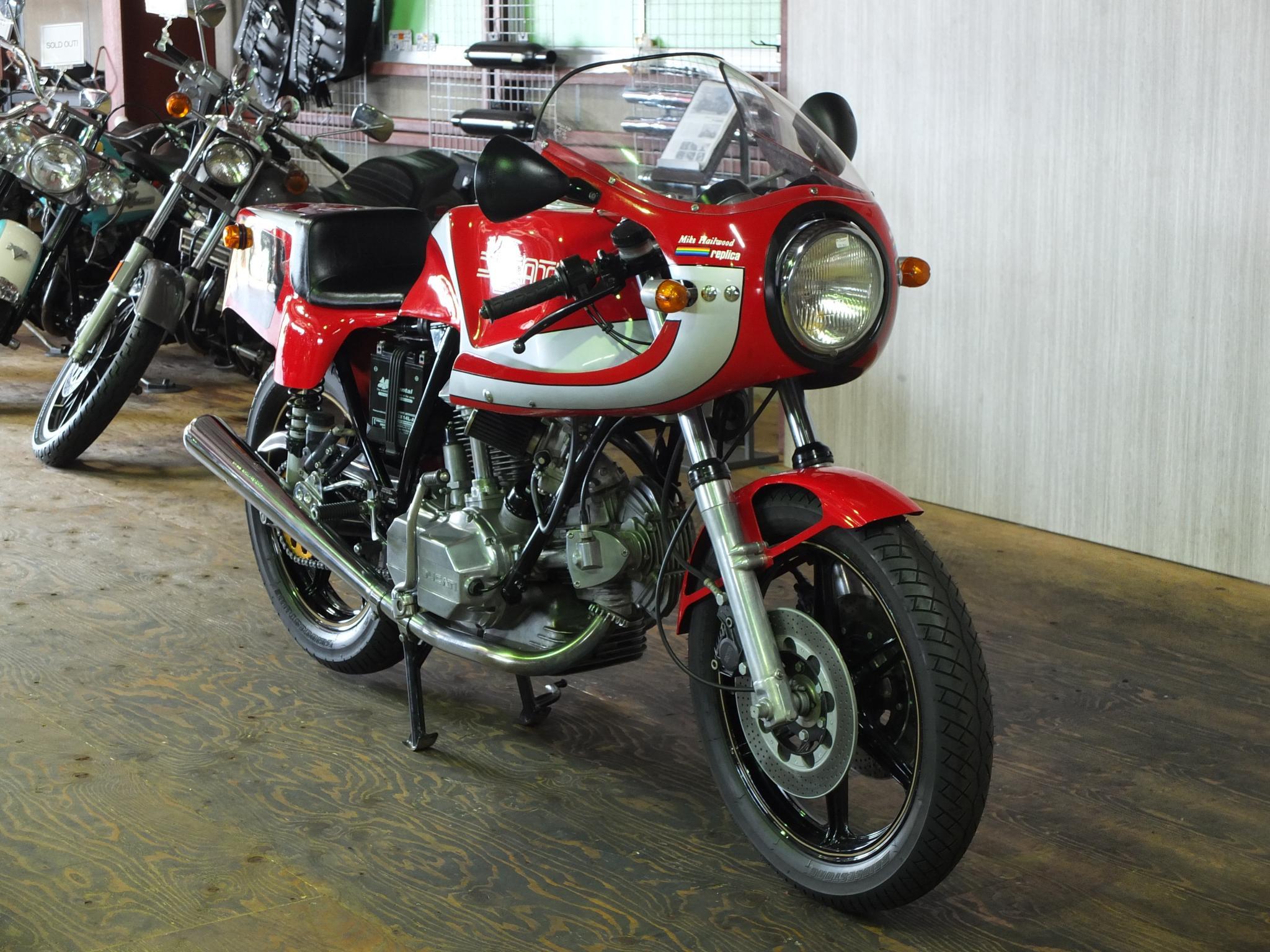 ドゥカティ 1983 Ducati MHR 900 車体写真2