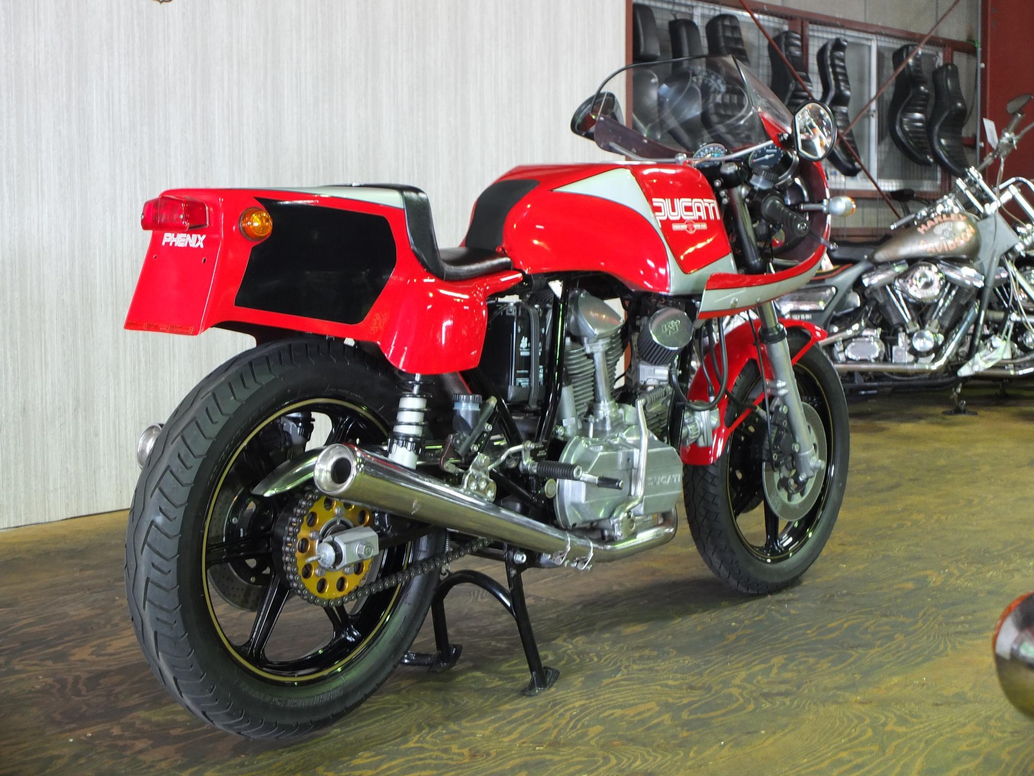 ドゥカティ 1983 Ducati MHR 900 車体写真3