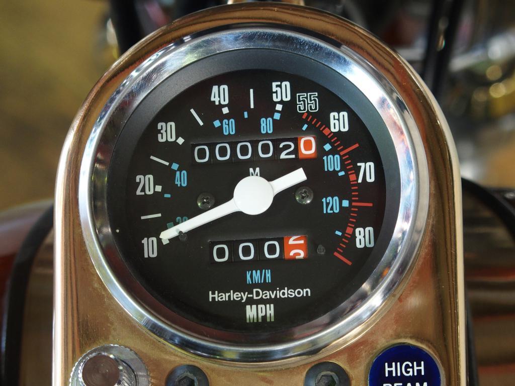 ハーレーダビッドソン 1983 New FXSB Dealer Award 車体写真9