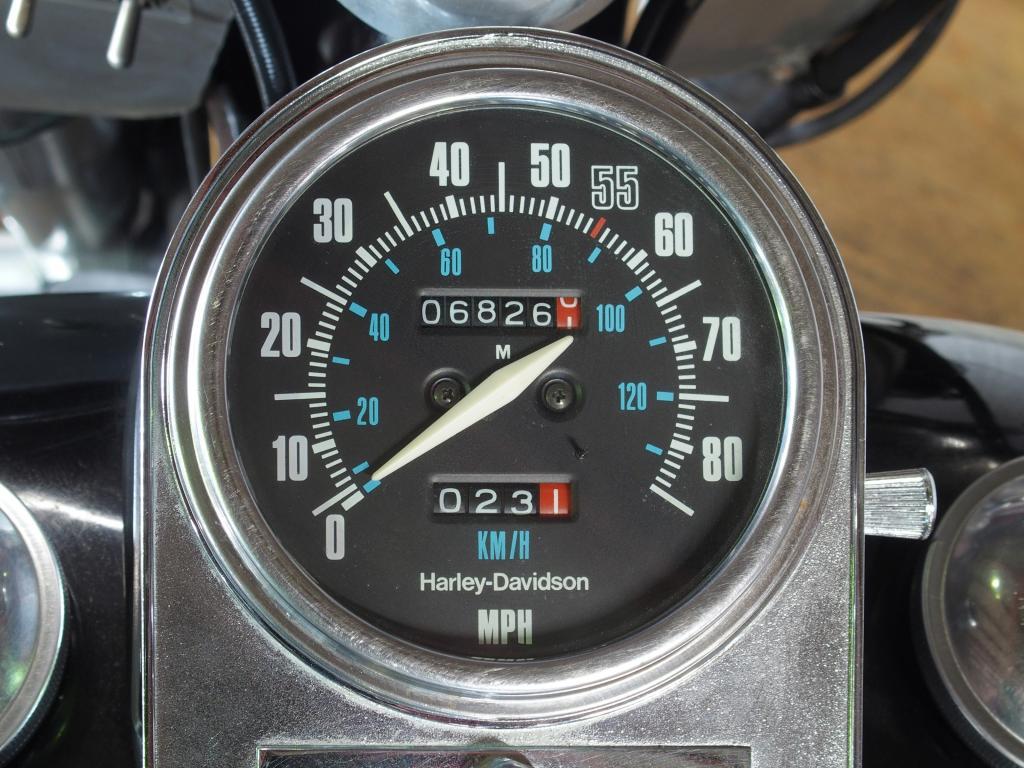 ハーレーダビッドソン 1984 FLHX 車体写真9