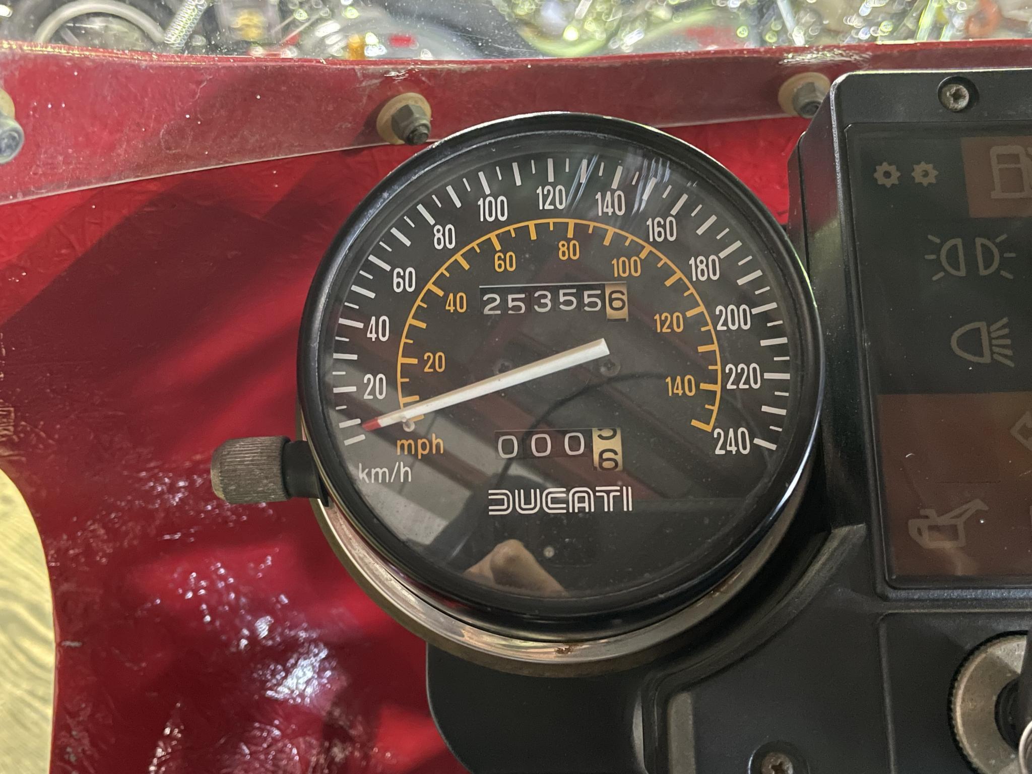 ドゥカティ 1983 Ducati MHR 900 R1 車体写真10
