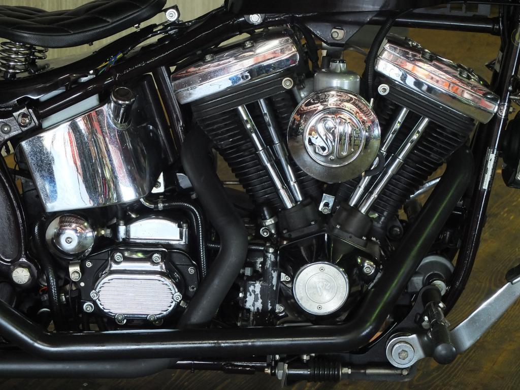 ハーレーダビッドソン 1987 FXSTC custom 車体写真7