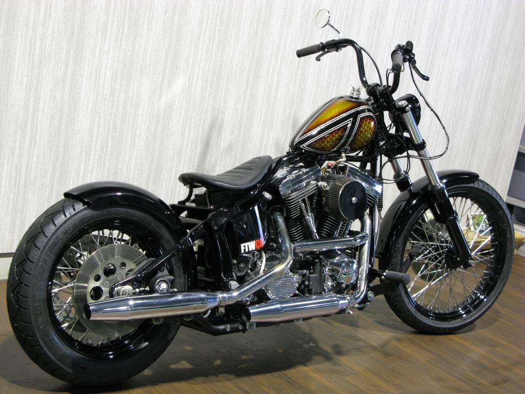 ハーレー FXSTC Softail Custom 車体写真3