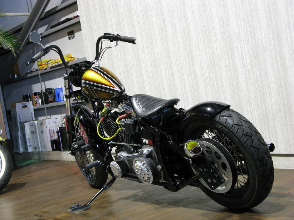 ハーレー FXSTC Softail Custom 車体写真8