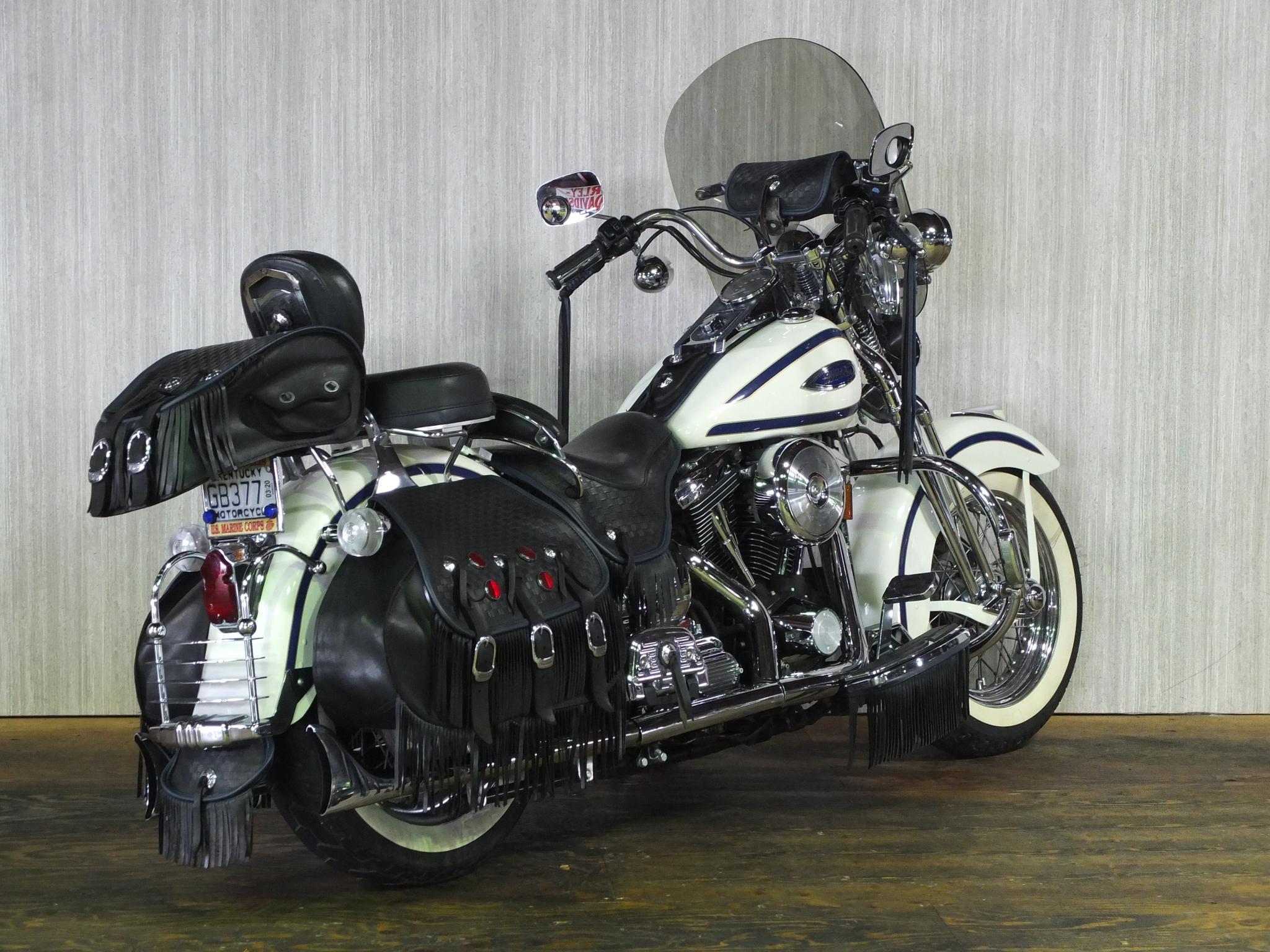 ハーレーダビッドソン 1997 FLSTS Heritage Springer 車体写真3