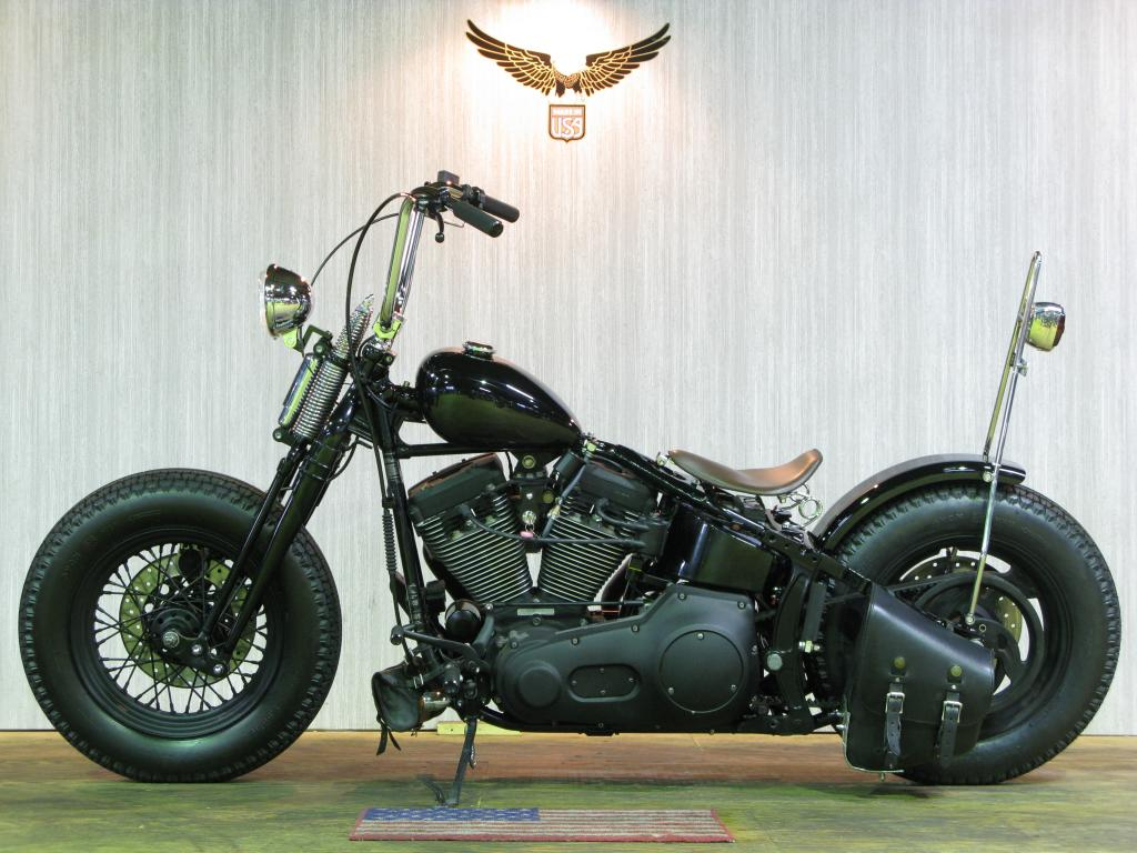 ハーレー FXSTSB Bad Boy Custom 車体写真4