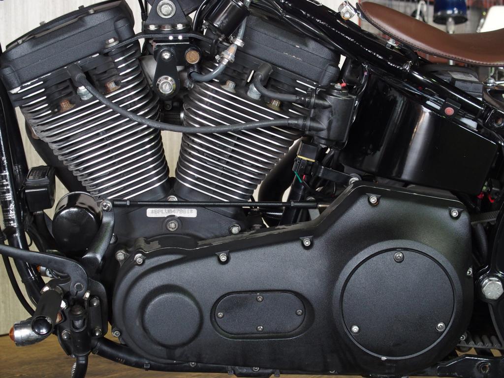 ハーレーダビッドソン 1997 FXSTSB Bad Boy Custom 車体写真8