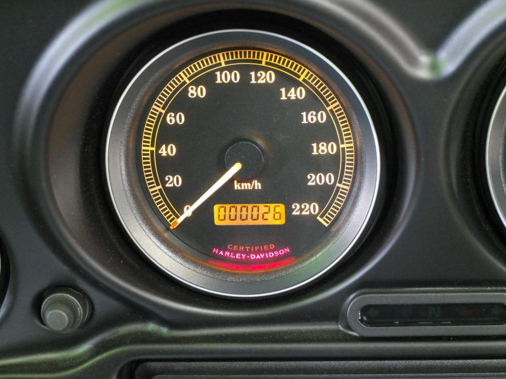 ハーレーダビッドソン 2003 FLHTCU-I NEW 車体写真10