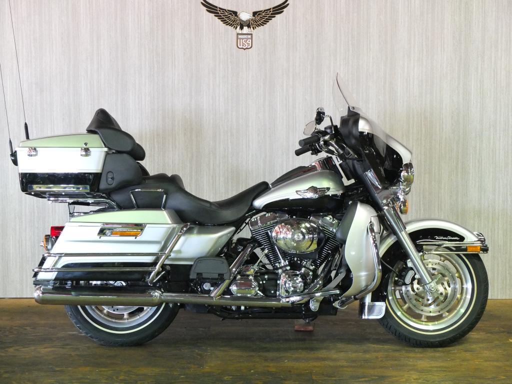 ハーレーダビッドソン 2003 FLHTCU-I NEW 車体写真1