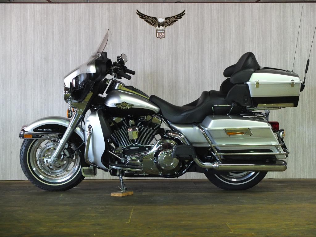 ハーレーダビッドソン 2003 FLHTCU-I NEW 車体写真4