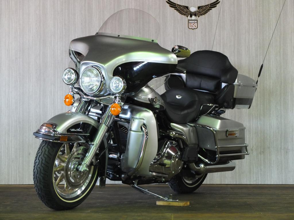 ハーレーダビッドソン 2003 FLHTCU-I NEW 車体写真5