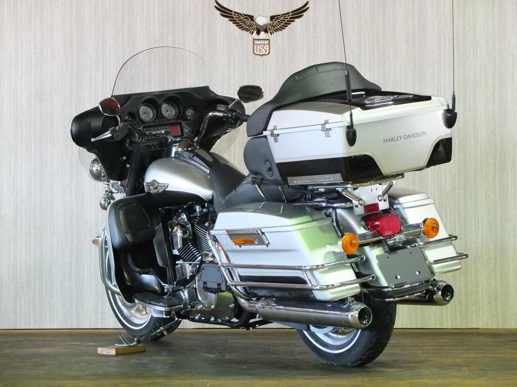 ハーレーダビッドソン 2003 FLHTCU-I NEW 車体写真6