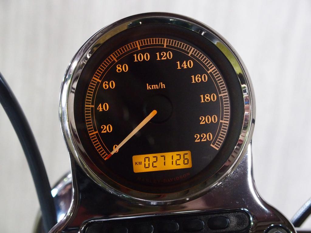 ハーレーダビッドソン 2012 XL 1200 車体写真10