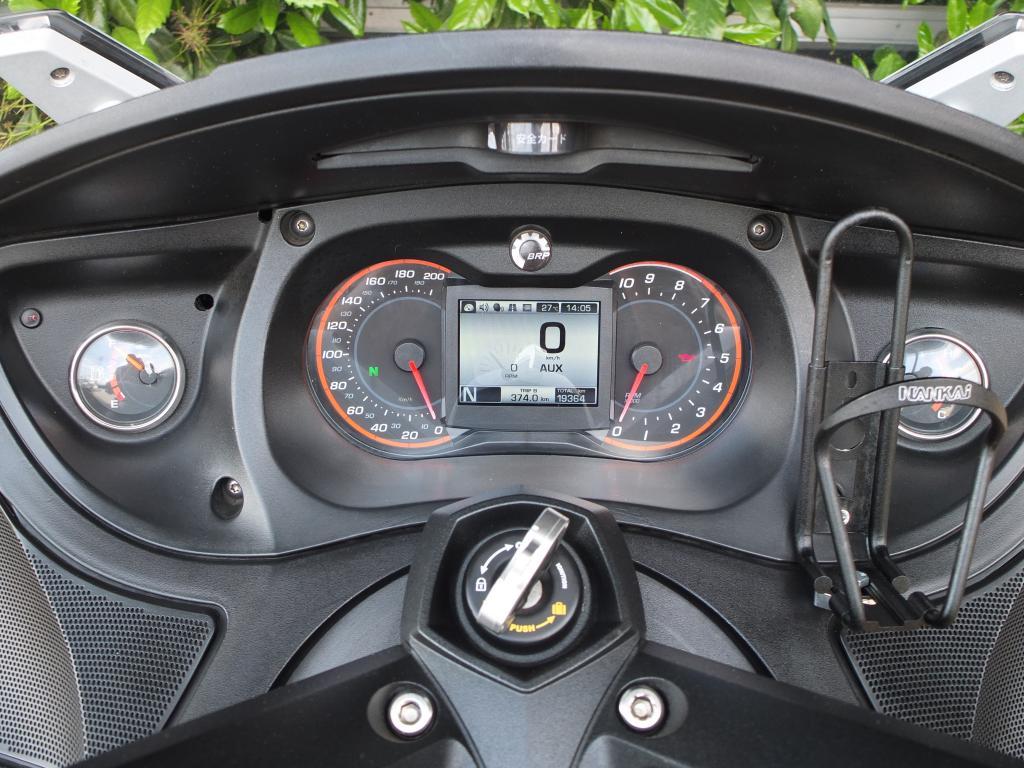 BRP 2014 BRP Can-am Spyder 車体写真7